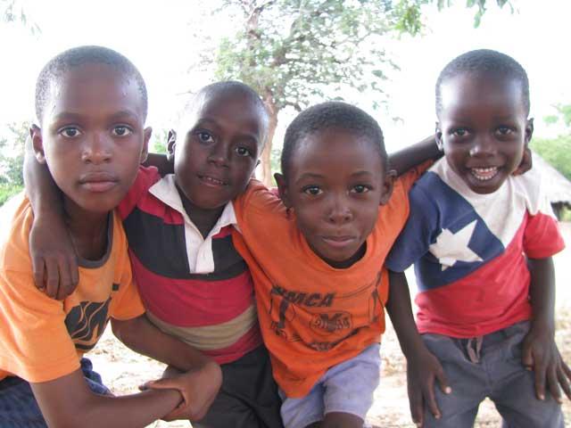 foto di sabrina ferrario in africa aprile 2015 (2)