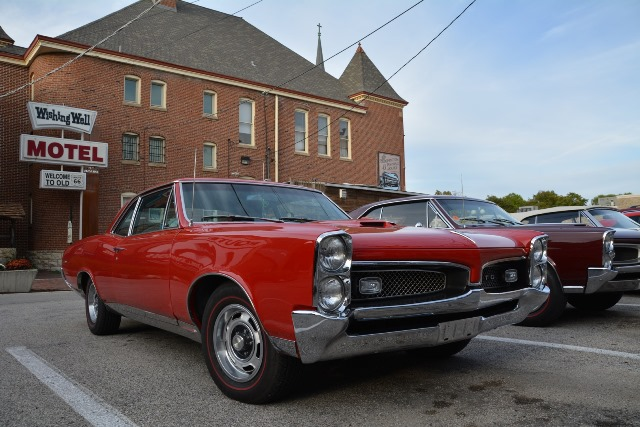 Auto a Pontiac