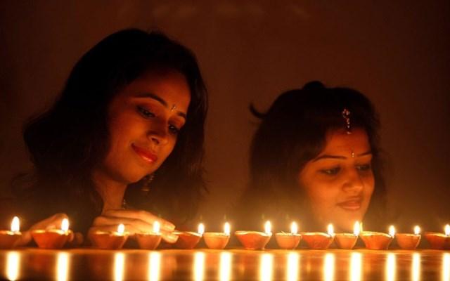 ragazze diwali