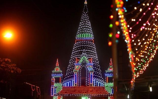 tempio illuminato a calcutta