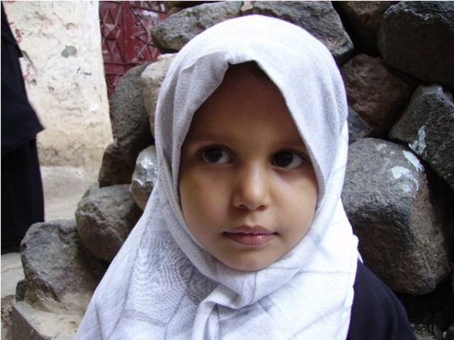 bambina yemenita